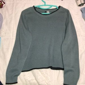 sweater barely worn